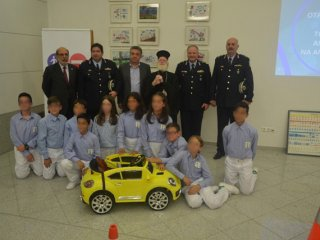 Πόλος έλξης η έκθεση ζωγραφικής «η οδική ασφάλεια μέσα από τα μάτια των παιδιών» (pics)