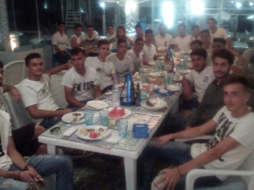 Δείπνο και...συγχαρητήρια του Φώτη Τσάλου στους μικρούς της Κ19 του ΟΦΗ