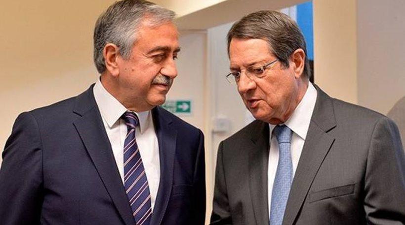 Γενεύη: Σε καλό κλίμα - παρά τις μεγάλες διαφορές - οι συνομιλίες για το Κυπριακό