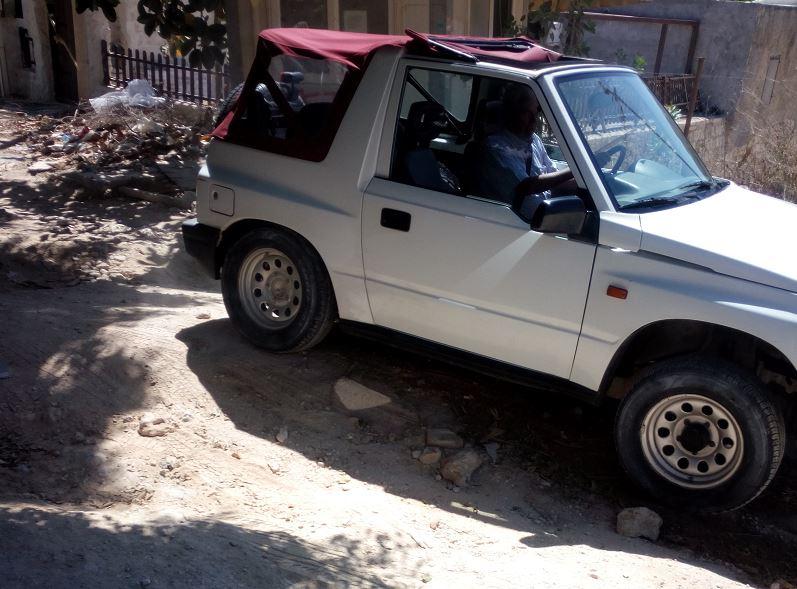 Σπάνε κυριολεκτικά τα αυτοκίνητα τους, παρκάροντας στη Βίγλα που χρειάζεται...τονωτική ένεση (pics)