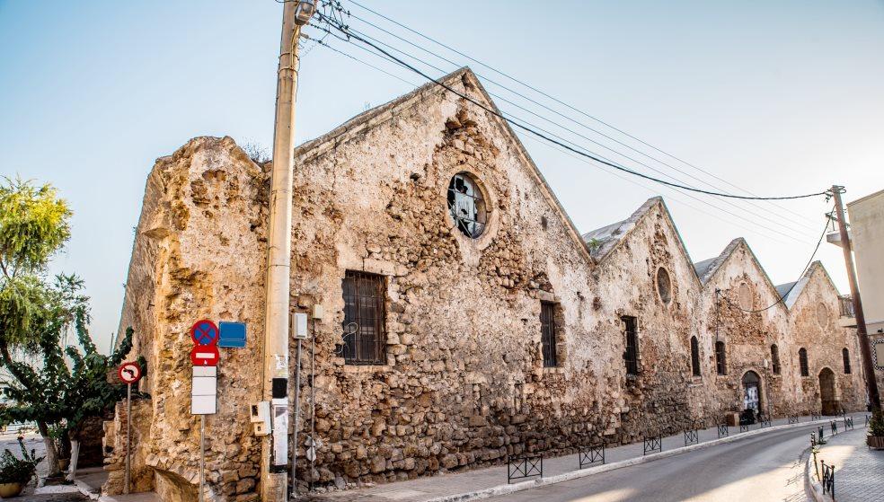 Αυτά είναι τα ιστορικά κτήρια των Χανίων που πέρασαν στο Υπερταμείο