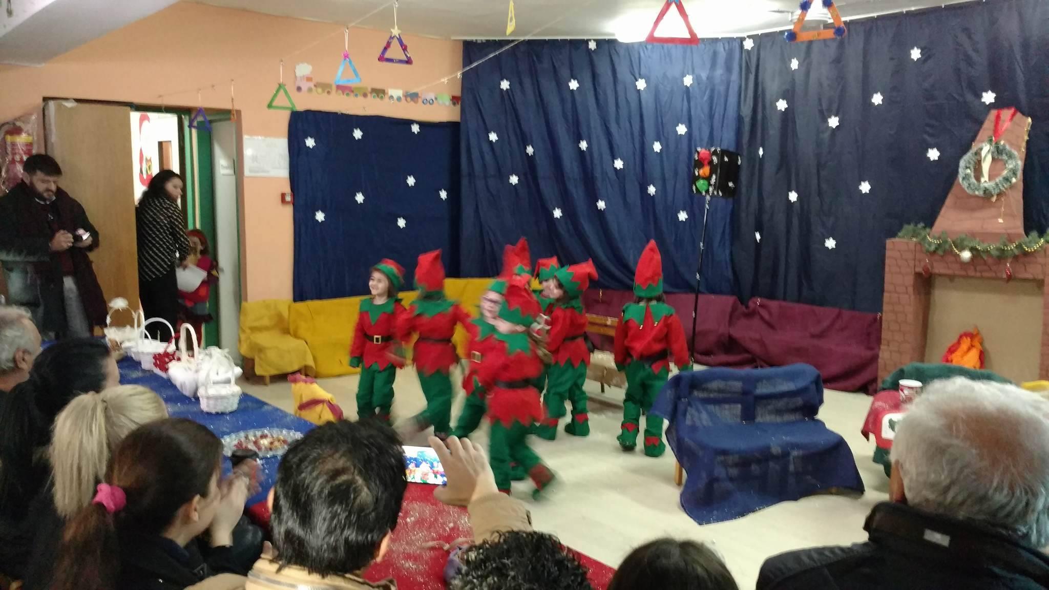 Σε σχολεία της πόλης και της υπαίθρου  για ευχές ο Αντιδήμαρχος Παιδείας