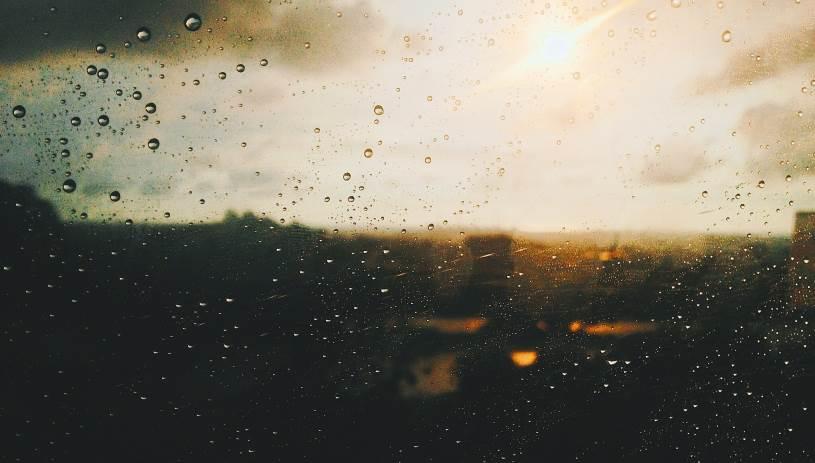 Βροχή «με το τουλούμι» στην Κρήτη - Στα δύο μέτρα το ύψος βροχής
