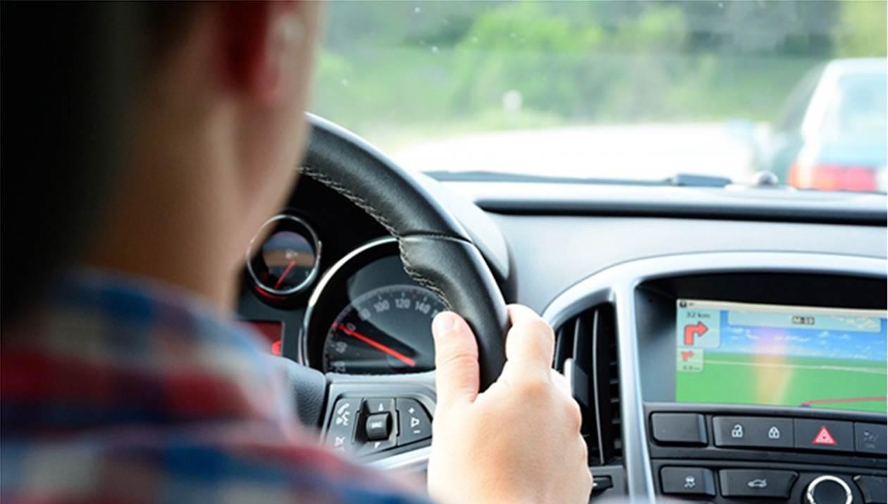 Δίπλωμα οδήγησης: Αρχίζουν και πάλι οι εξετάσεις των υποψήφιων οδηγών