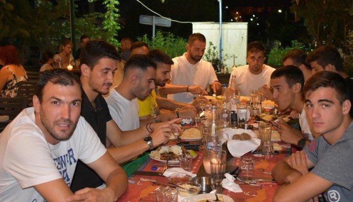 Το δείπνο γνωριμίας και οι πρώτες εξετάσεις
