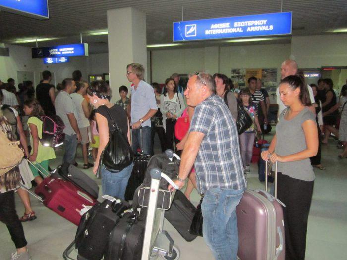 Οι Ρώσοι ακυρώνουν το ταξίδι στην Κρήτη και αναζητούν άλλους προορισμούς