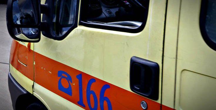 Σύγκρουση αγροτικού αυτοκινήτου με δίκυκλο – Ένα άτομο στο νοσοκομείο