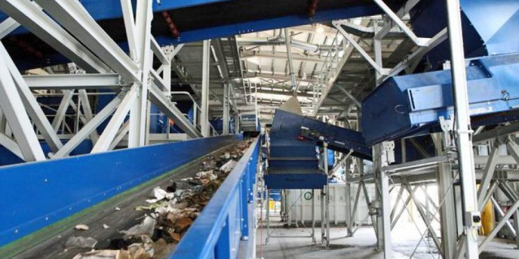 E.I.Y.H: Στη χωματερή η ανακύκλωση στο Ηράκλειο