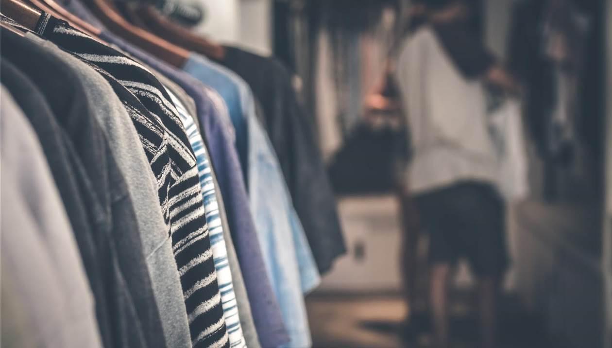 Κορωνοϊός: Κλείνουν τα καταστήματα - Σε καραντίνα όσοι μπαίνουν στη χώρα
