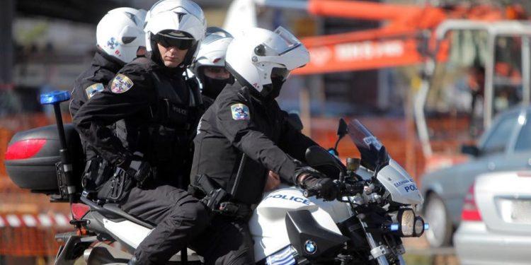 Αστυνομικός τραυματίστηκε μετά από τροχαίο