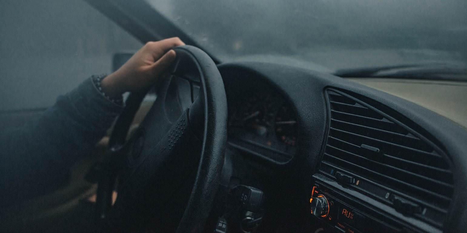 Σήμα SOS από Ηρακλειώτη: Πάρκαρε στο περίπτερο και το αυτοκίνητό του… «έκανε φτερά»!