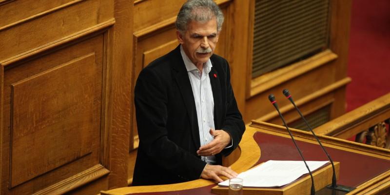 Δανέλλης: «Μόνο αν κλείσει έγκαιρα η αξιολόγηση, κλείνει η συζήτηση για το Grexit» (vid)