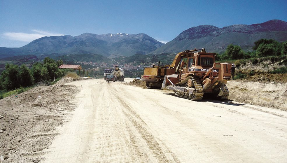 Νέα άσφαλτος στο επαρχιακό οδικό δίκτυο της Κρήτης