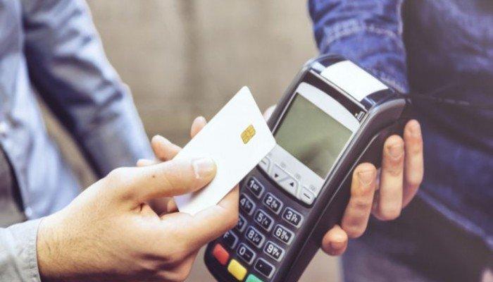 Ετσι θα καταργηθούν τα μετρητά – Το σχέδιο για συναλλαγές μόνο με κάρτα