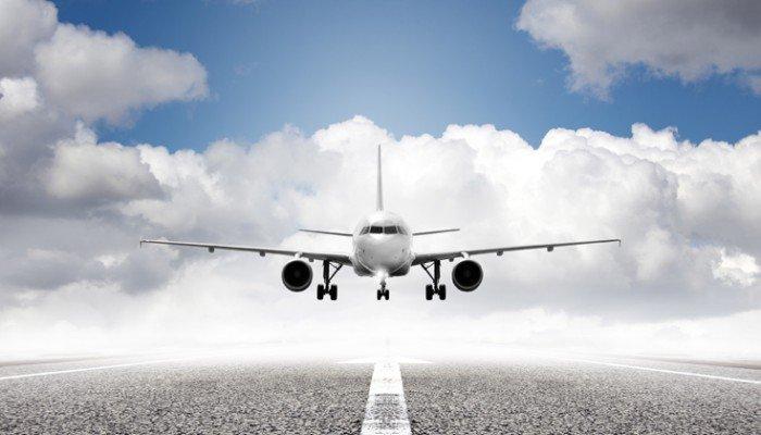 Ηράκλειο: Οι θυελλώδεις άνεμοι δεν άφησαν το αεροπλάνο να προσγειωθεί