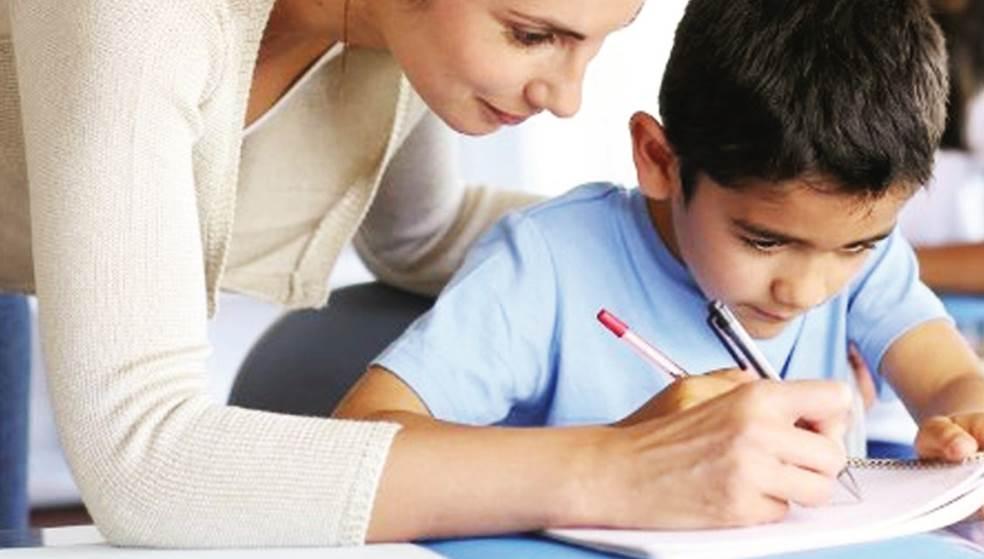 Μικροί μαθητές της Κρήτης αναδεικνύουν το ταλέντο τους στη γραφή