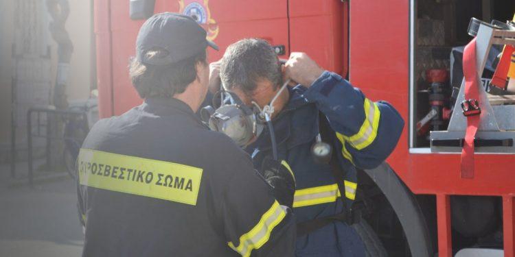 Πυρκαγιά σε αποθήκη στο Ηράκλειο