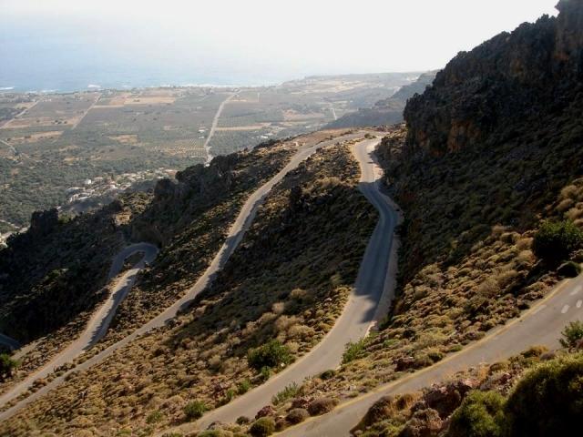 Κρήτη: Ο δρόμος του φιδιού - Αυτή είναι μια από τις επιβλητικότερες διαδρομές (φωτο)