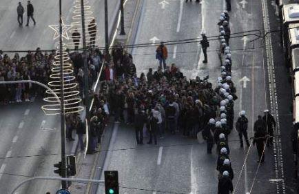 «Φρούριο» η Αθήνα για την επέτειο του Πολυτεχνείου - Σε επιφυλακή η ΕΛΑΣ και στο Ηράκλειο