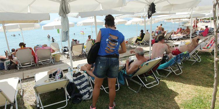 Χαρδαλιάς: Έτσι θα λειτουργήσουν οι οργανωμένες παραλίες από το Σάββατο