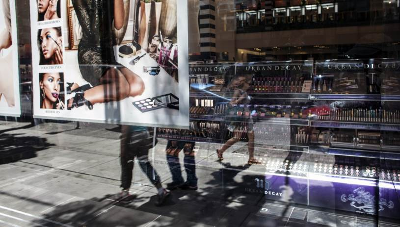 Αγίου Πνεύματος: Πως θα λειτουργήσουν τα καταστήματα στην Κρήτη;
