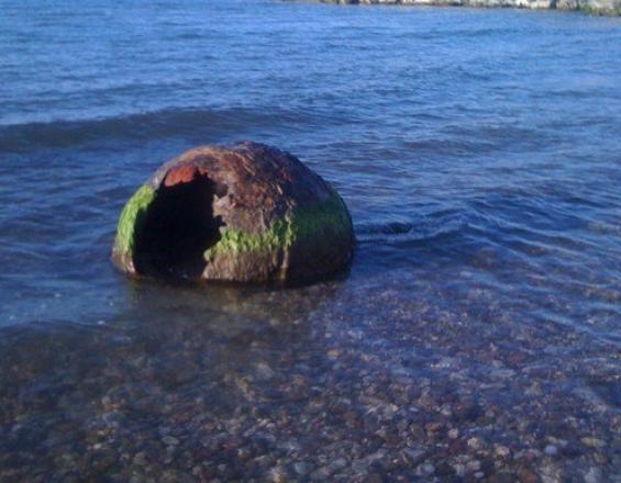 Κρήτη: Βρήκαν νάρκη(;) σε απόσταση 50 μέτρων από την ακτή