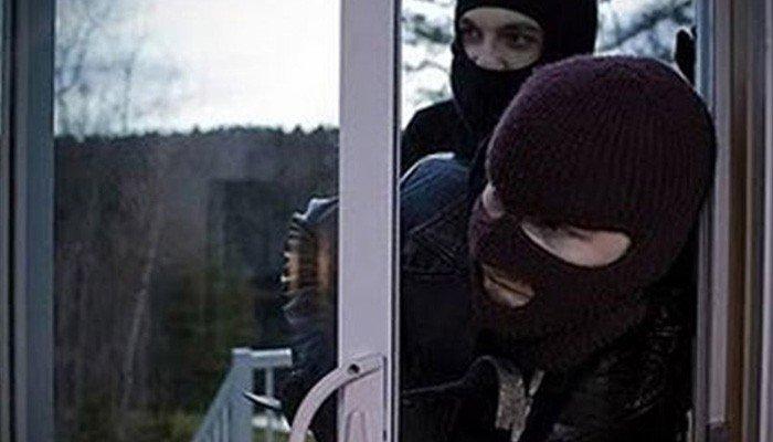 """Κλέφτες """"μπούκαραν"""" σε ξενοδοχείο στον Κάτω Σταλό στα Χανιά"""