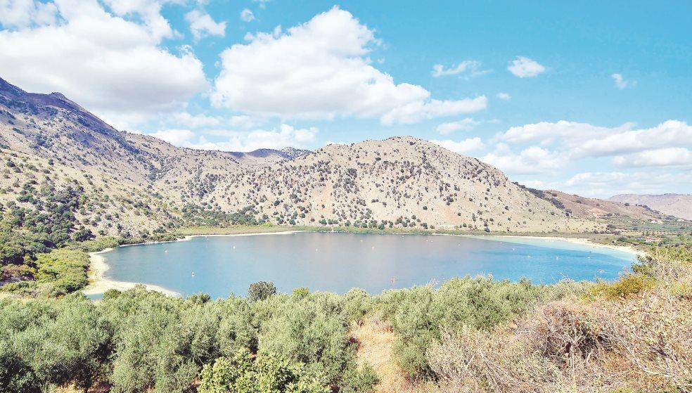 Στερεύει η λίμνη Κουρνά - Αποκαρδιωτική εικόνα