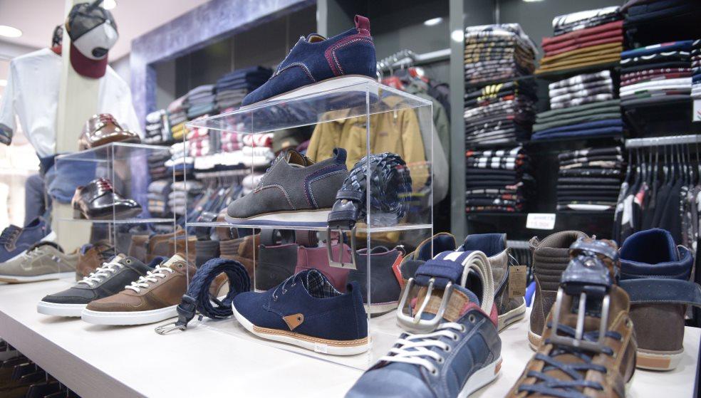 «Ποτέ την Κυριακή» δήλωσαν οι έμποροι – Ελάχιστα καταστήματα ανοιχτά