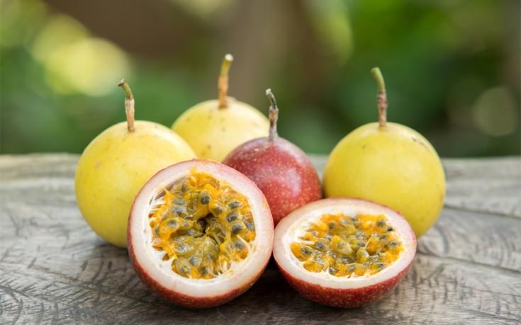 Απολέπιση με φρούτα του πάθους για λαμπερό δέρμα