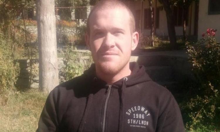 Ψάχνουν να βρουν τι έκανε στην Κρήτη και στην Σαντορίνη ο μακελάρης της Νέας Ζηλανδίας