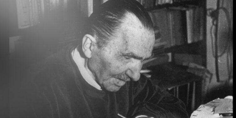 Σαν σήμερα το 1957 έφυγε από τη ζωή ο Νίκος Καζαντζάκης