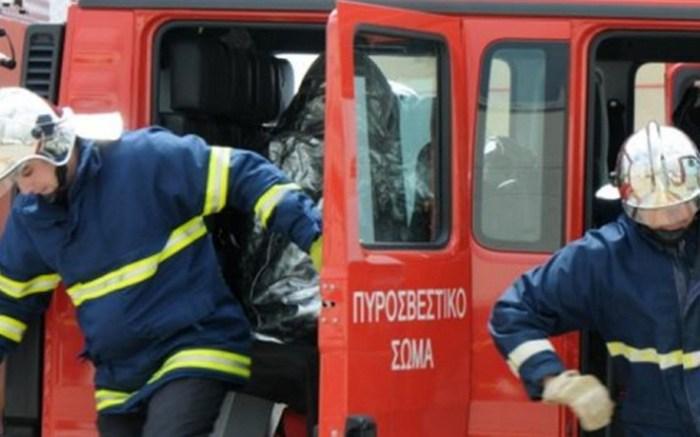 Πρόλαβαν τα χειρότερα οι πυροσβέστες!