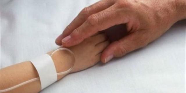 Ηράκλειο: Στο νοσοκομείο με εγκαύματα, κοριτσάκι δύο ετών