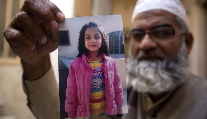 Πακιστάν: Θάνατος στο νεαρό που βίaσe και σκότωσε τη Ζαϊνάμπ