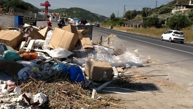 Αυτοσχέδιες χωματερές μας «πνίγουν» - Εικόνες ντροπής