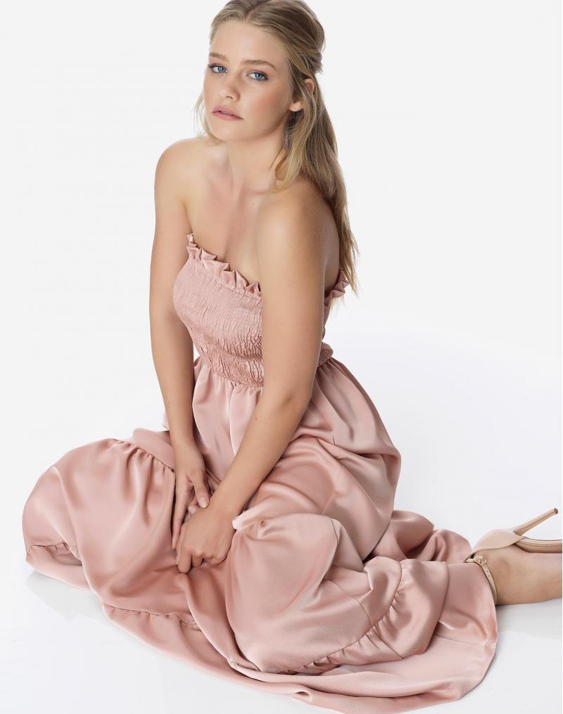 Καλοκαίρι 2019 στα Regalinas: Μοναδικά maxi φορέματα και σορτσάκια για extra άνεση & στυλ!