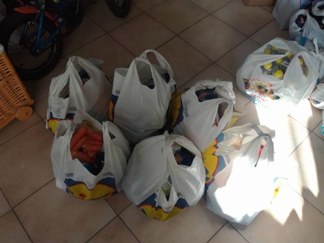 Διανομή τροφίμων από το Δήμο Φαιστού