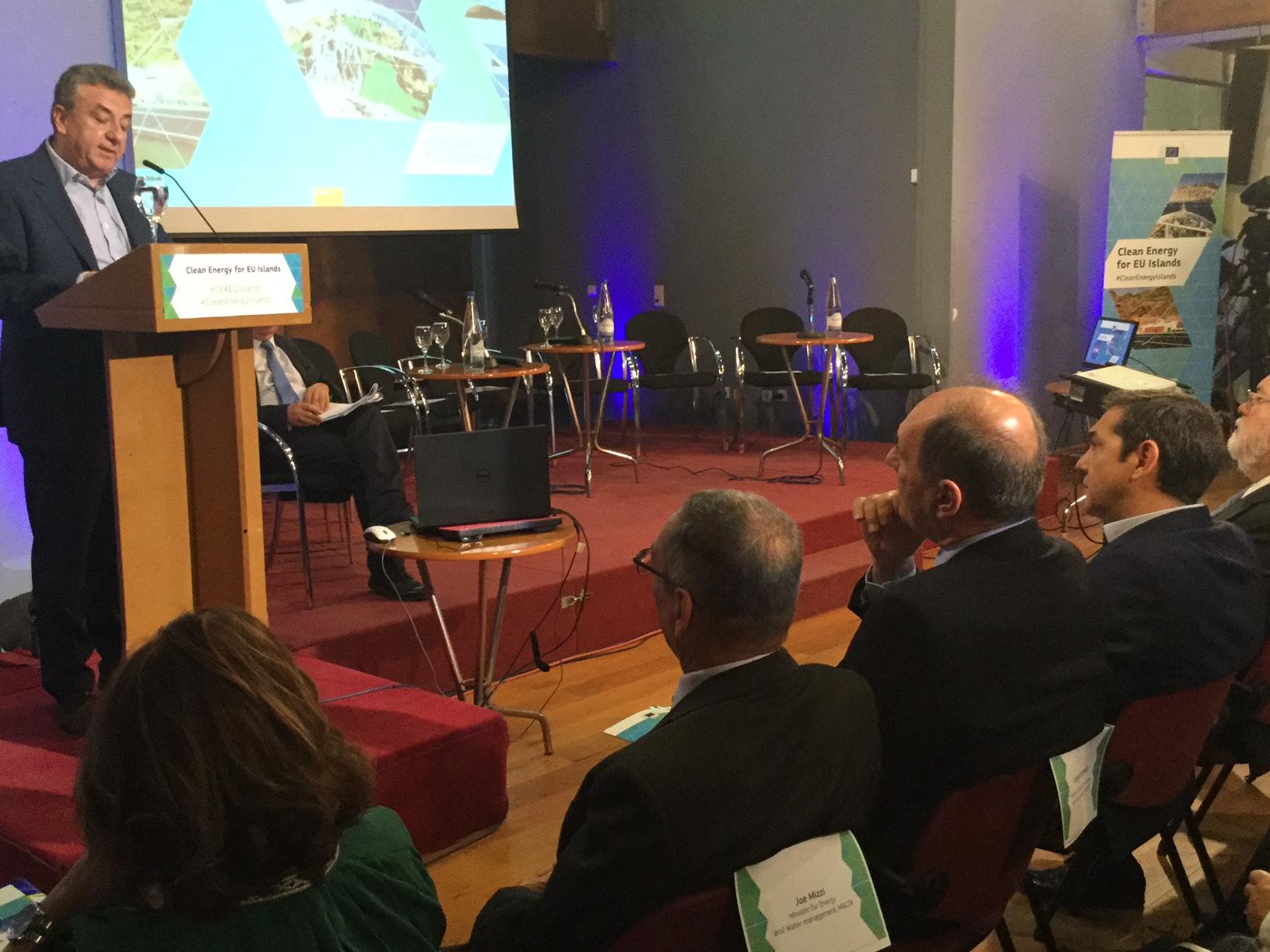 Στ. Αρναουτάκης: «Θέλουμε η Κρήτη να αποτελέσει πρότυπο βιώσιμης ανάπτυξης και καθαρής ενέργειας» (pics)