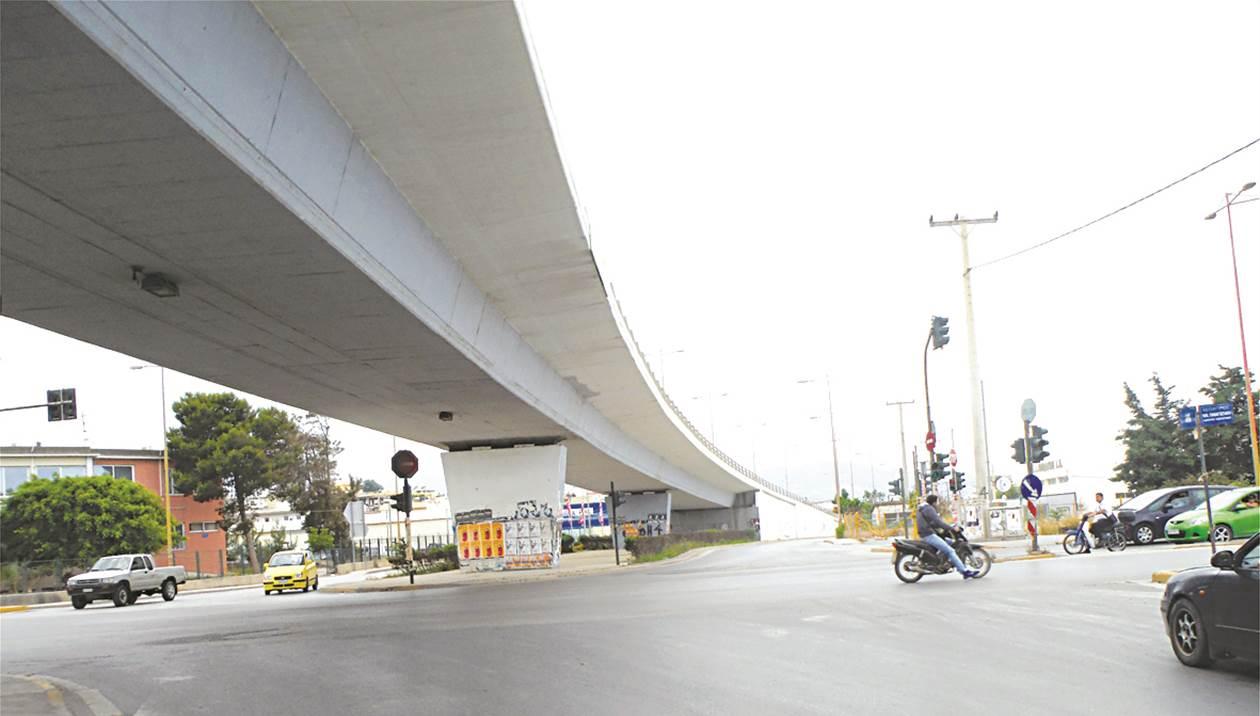 Ηράκλειο: Κλείνουν δρόμους για να φτιάξουν γέφυρες κινδύνου – Που θα διακοπεί η κυκλοφορία