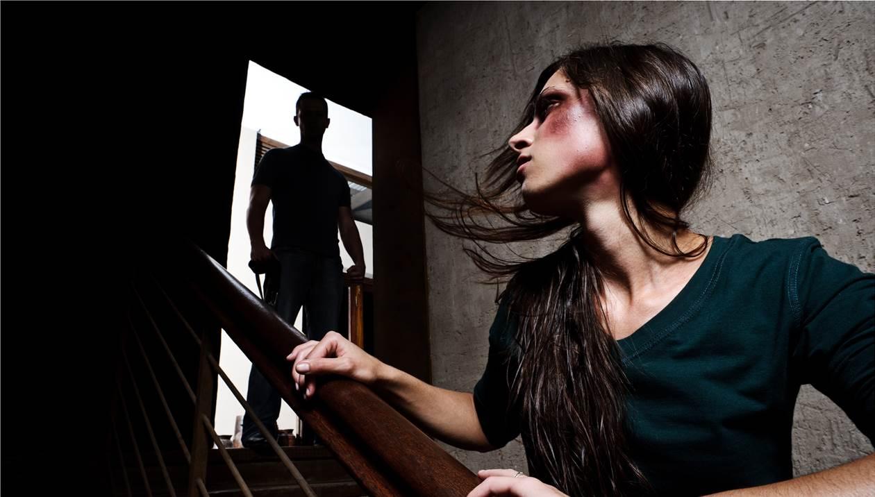 Ενδοοικογενειακή βία και πώς αντιμετωπίζεται