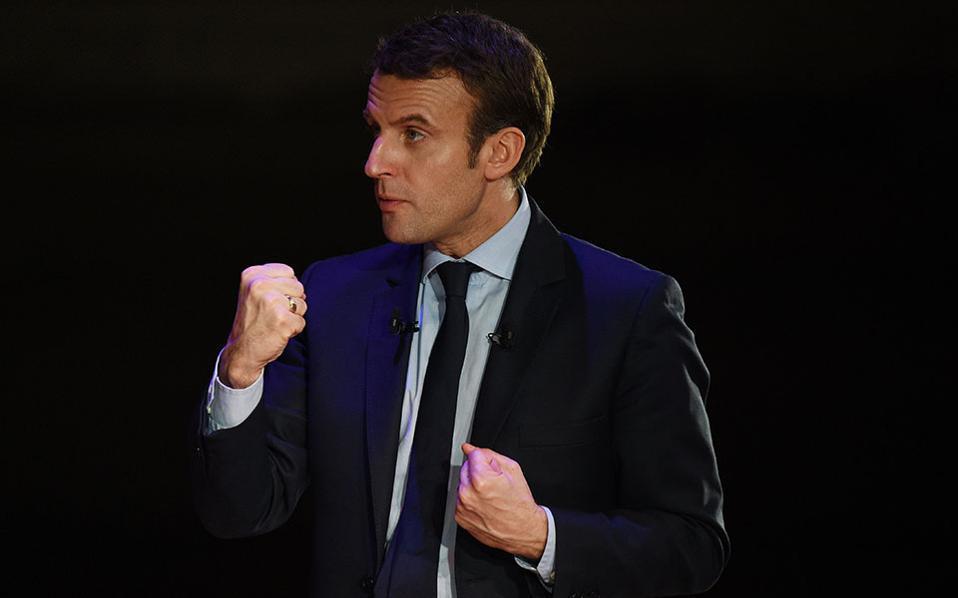 Τηλεφωνική συνομιλία Ομπάμα - Μακρόν 3 ημέρες πριν από των α' γύρο των γαλλικών εκλογών