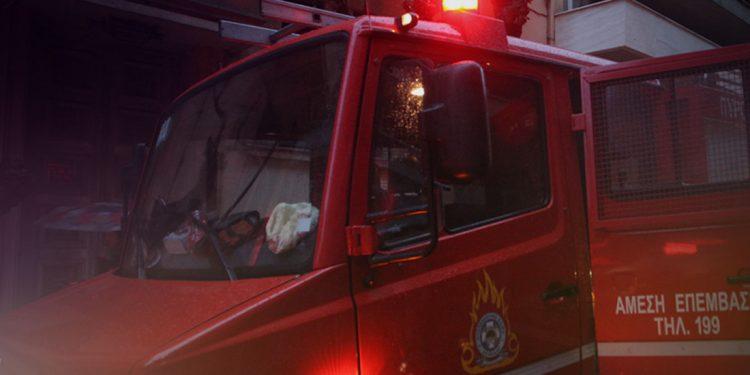 Επτά φωτιές σε μία μόλις ημέρα – Έτρεχε η πυροσβεστική