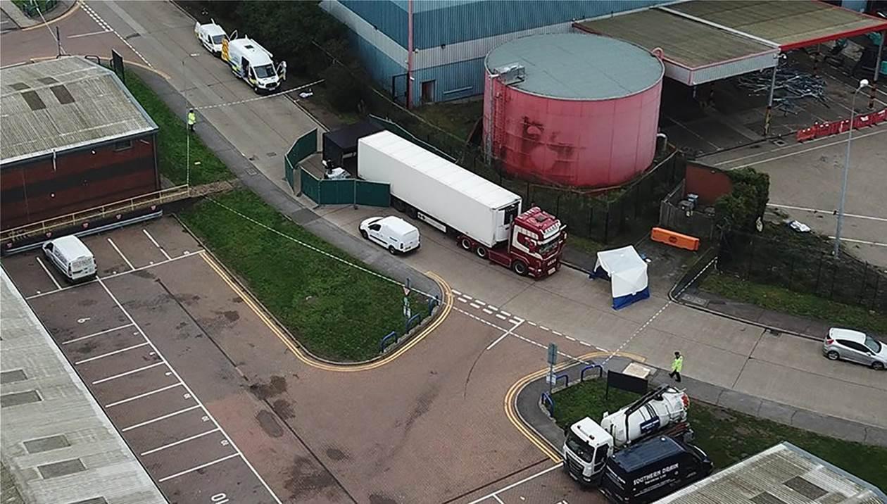 Λονδίνο: Αυτά είναι τα πιο πιθανά σενάρια για τα 39 πτώματα στο φορτηγό
