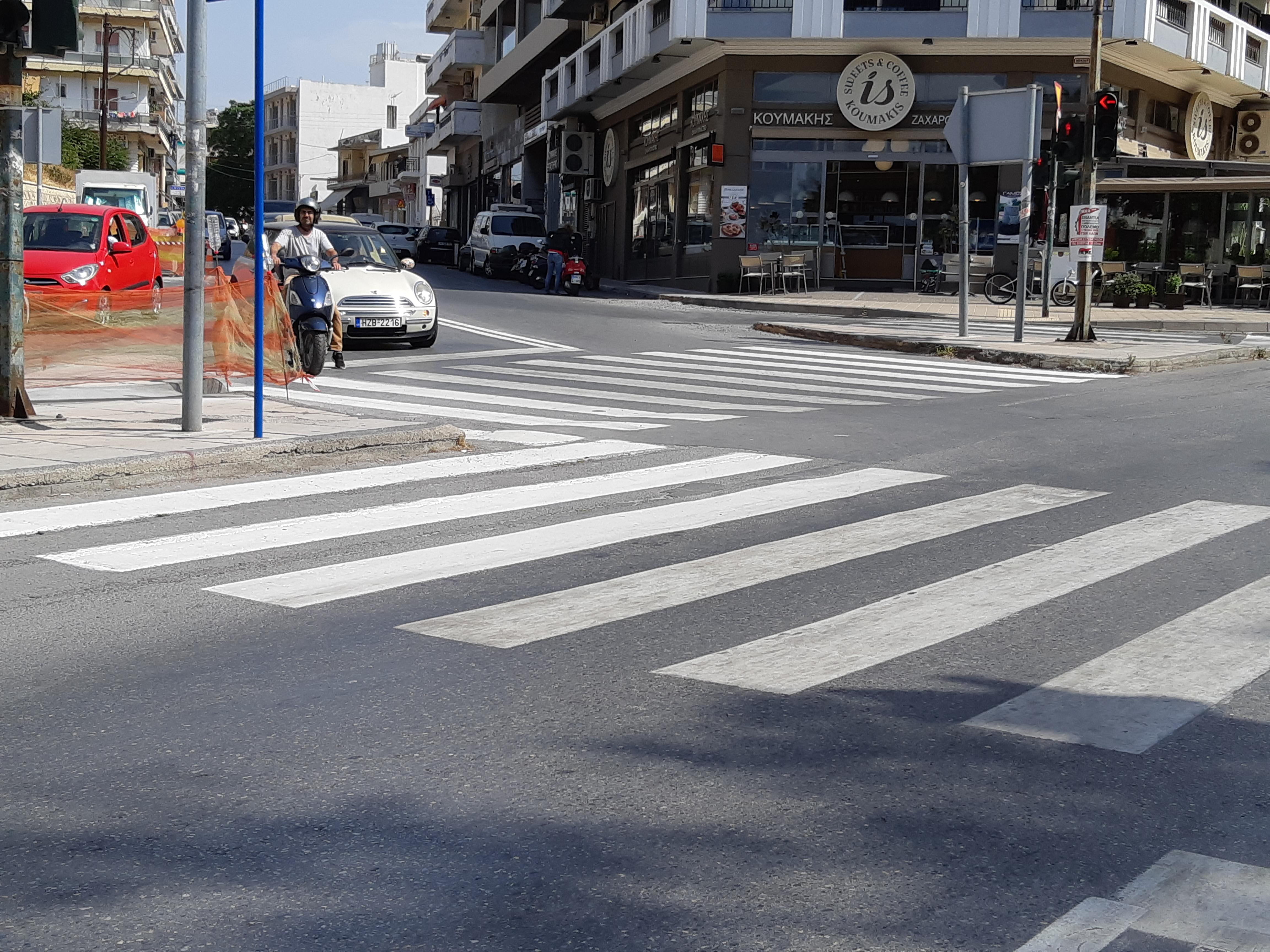 Σημαντικά έργα σήμανσης στους δρόμους για την ασφάλεια των πεζών υλοποίησε ο Δήμος Ηρακλείου