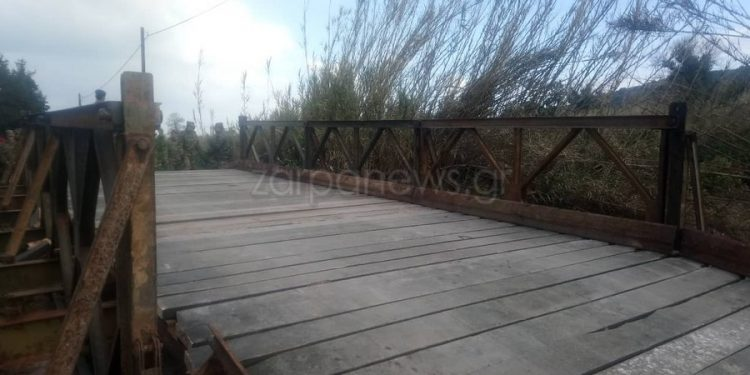 Ολοκληρώθηκε το στήσιμο της στρατιωτικής γέφυρας στο Πατελάρι