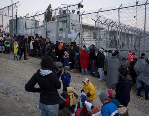 SOS από τους Γιατρούς Χωρίς Σύνορα: Διώξτε τα παιδιά από την Μόρια