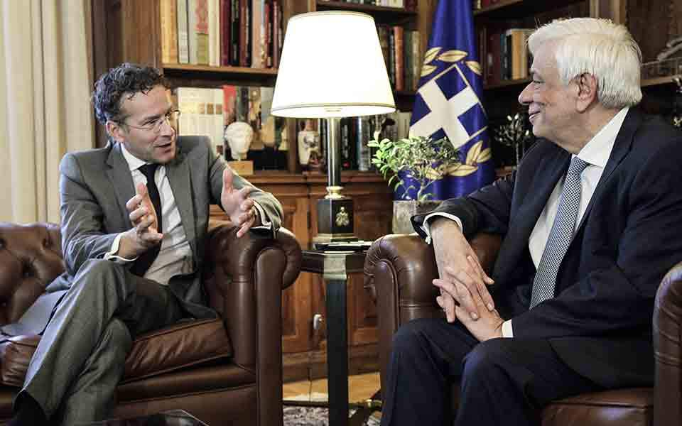Ντάισελμπλουμ: Ανασπόσπαστο μέλος της Ε.Ε. και της Ευρωζώνης η Ελλάδα