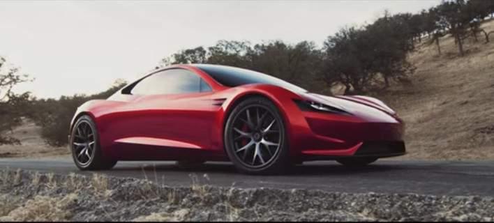 Η Tesla παρουσίασε το ταχύτερο αυτοκινητο στον κόσμο
