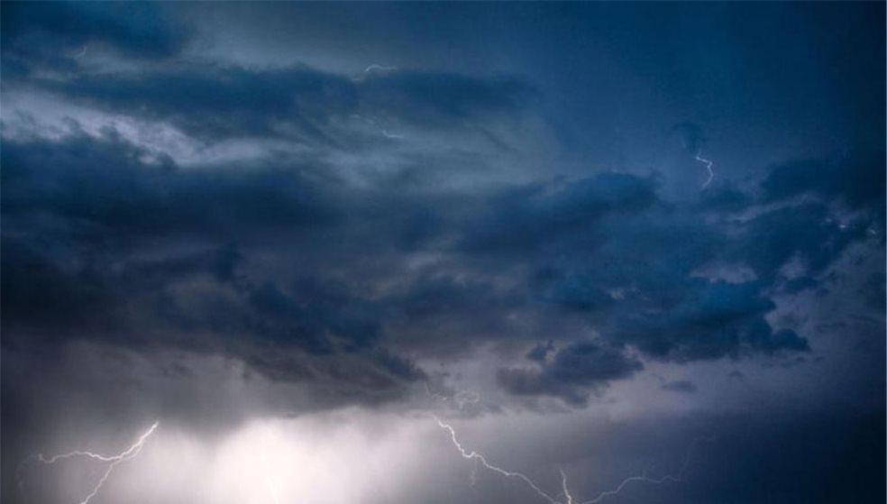 Προσοχή στα έντονα καιρικά φαινόμενα - «Άνοιξαν» οι ουρανοί στην Κρήτη